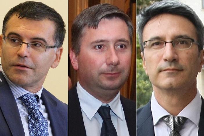 Симеон Дянков и Трайчо Трайков (вляво и вдясно) и до днес са любимци в медиите на Иво Прокопиев.