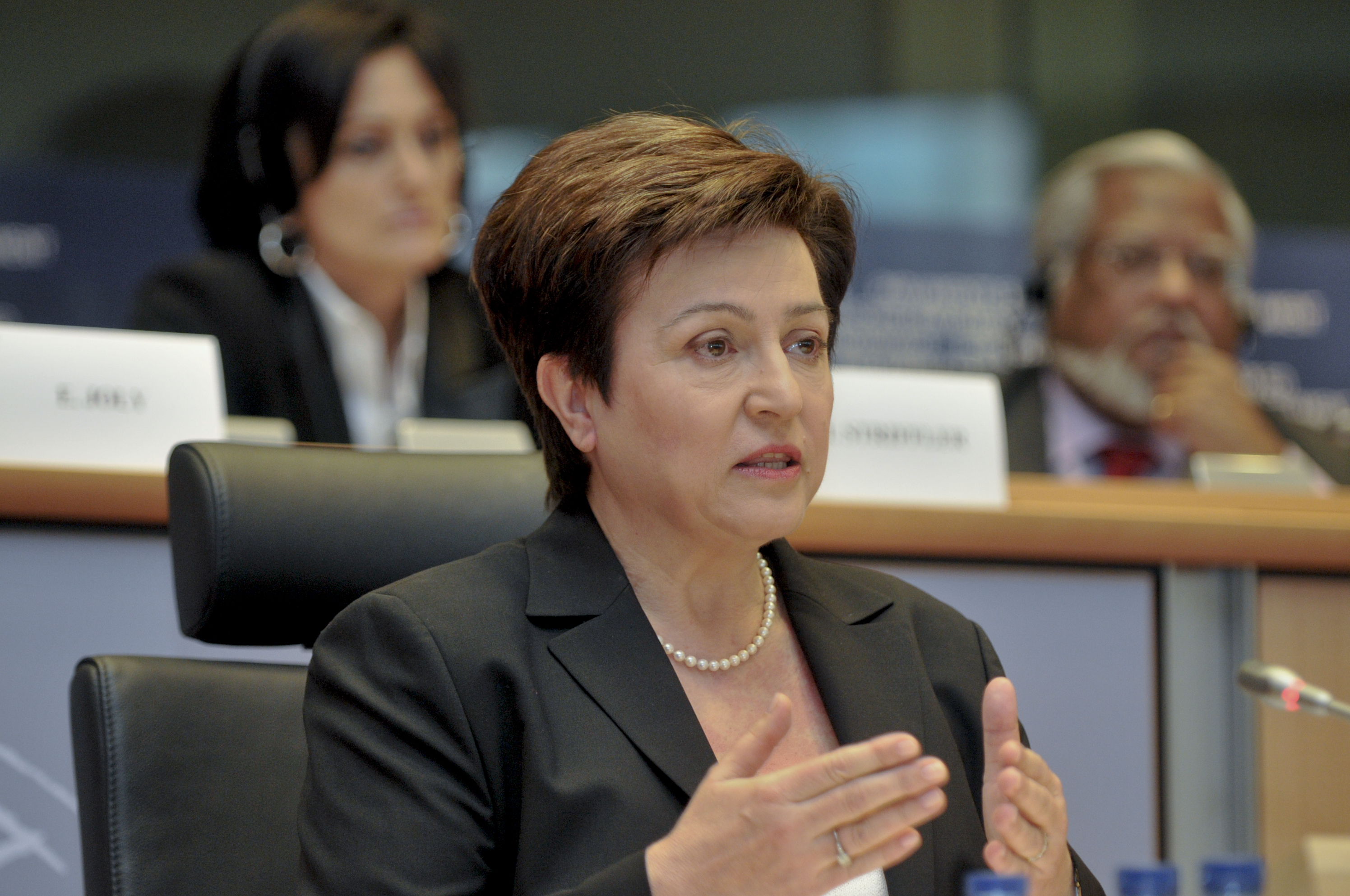Commission du dŽveloppement ˆ Bruxelles Audition de Kristalina Georgieva(Bulgarie), Commissaire-dŽsignŽe responsable pour la CoopŽration internationale, aide humanitaire et rŽponse ˆ la crise - Committee on Development in Brussels Hearing of Kristalina Georgieva (Bulgaria), Commissioner-designate for International Cooperation, Humanitarian Aid and Crisis Response